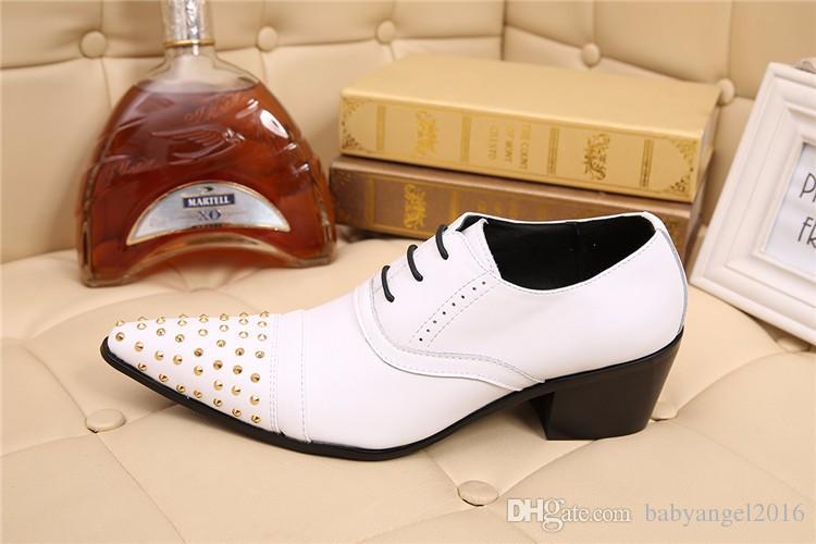 Christia Bella Марка Натуральная Кожа Мужчины Оксфорды Белый Свадебные Формальные Обувь Заклепки Бизнес Платье Обувь Мужчины Brogues Квартиры Обувь