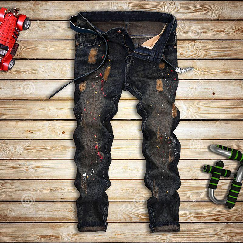 e355b975a224 Großhandel Großhandels 2017 Frühling Und Sommer Männer Neue Jeans Männer  Europa Und Den Vereinigten Staaten Abschnitt Nostalgischen Loch Farbe  Bettler Hosen ...