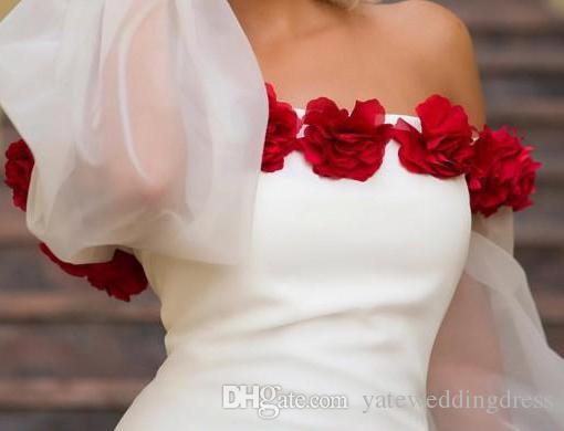 白い特別なデザインのエレガントなプロンプのドレスオフショルダーパフスリーブ膝丈パーティーガウンハンドメイドの花カスタムメイドフォーマルドレス