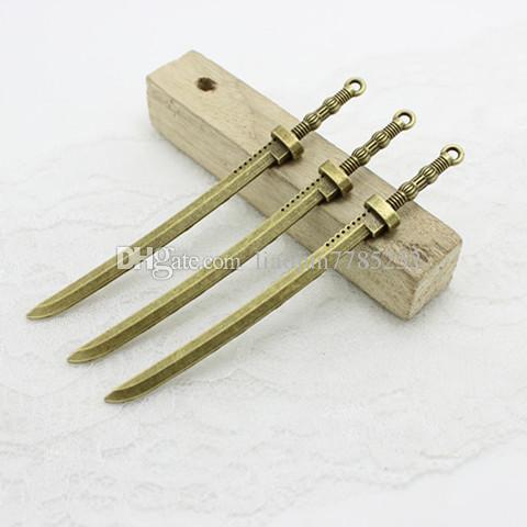 스위트 벨 무료 배송 10 * 107mm 합금 두 가지 색상 무거운 긴 칼 칼 매력 펜던트 DIY 금속 쥬얼리 도매 D0786