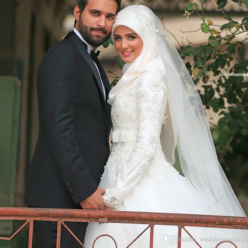 A-line Long Sleeve Appliques Lace Muslim Wedding Dresses Bridal Dresses vestido de noiva longo High Neck Wedding Gowns