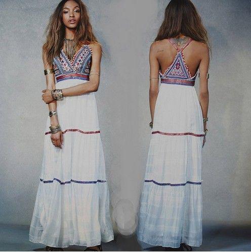 ba65dd59303 Acheter Nouvelle Mode 2017 Longueur Bohème Vacances Plage Robe Blanc  Couleur Été Femmes Broderie Hippie Boho Party Maxi Dress De  36.19 Du  Xiongstore ...