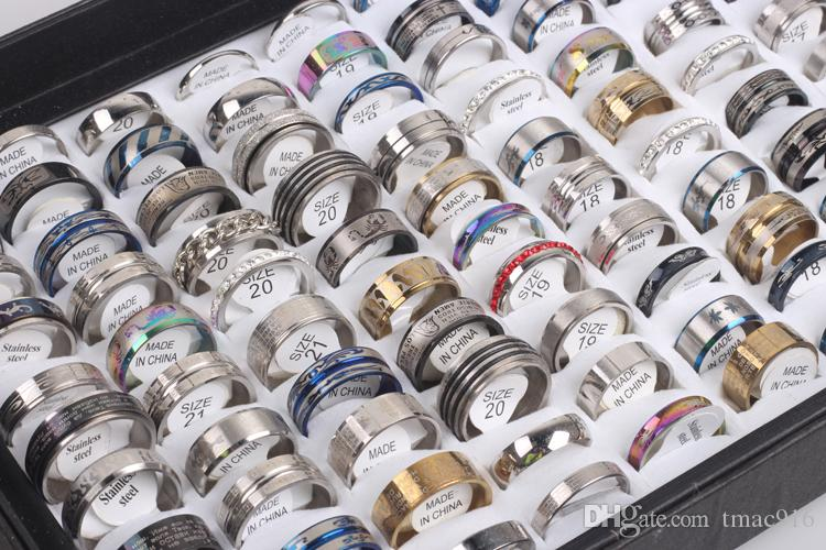 Freie Verschiffengroßverkauf mischen Los-Edelstahlring-Art und Weiseschmucksache-Parteiring, der zufällige Art der Ringweinlese punktiert