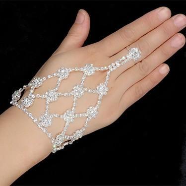 Gorgeous Bridal Finger Ring Bracelets Rhinestone Bridal Hand Harness Bangle Slave Chain Bracelets Wedding Hand Bracelets