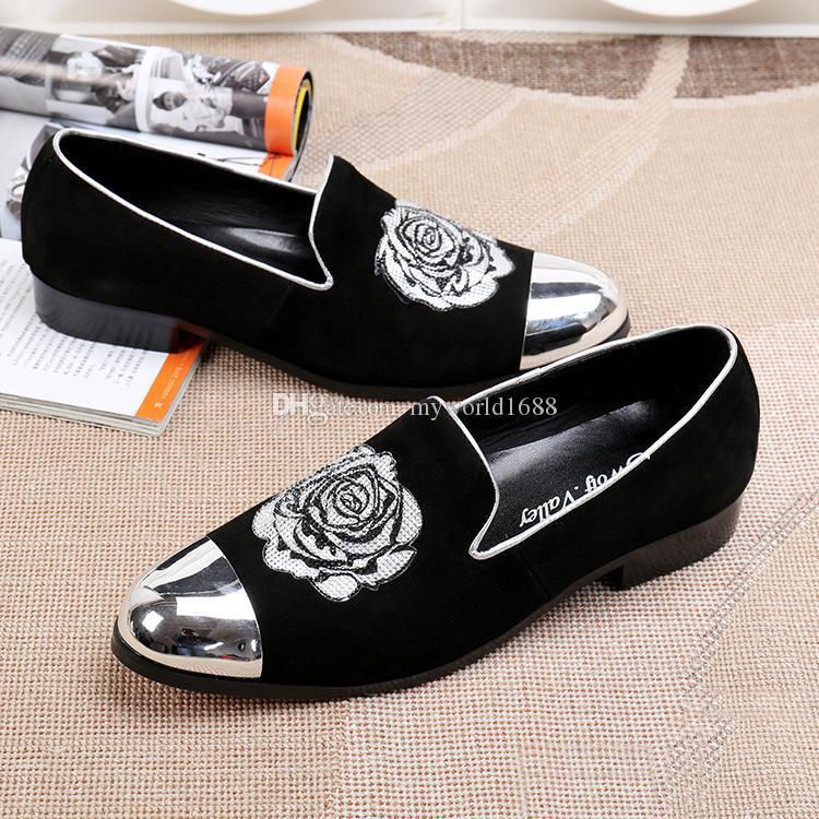 الايطالية نمط الرجال المخملية أحذية نمط جديد المعادن تو حقيقية جلد اليدوى التطريز التدخين أحذية شقق النعال للرجال