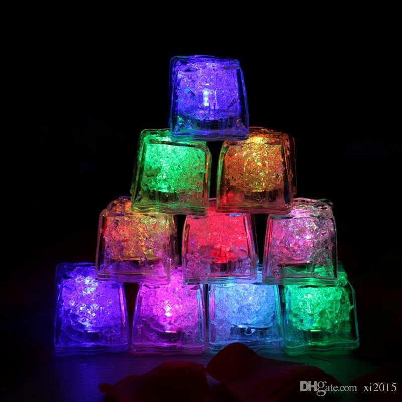 /Carton Flash Ice Cube Water-Actived Flash Led Light Put Into Water Drink Flash Automatically for Party Wedding Bars Christmas