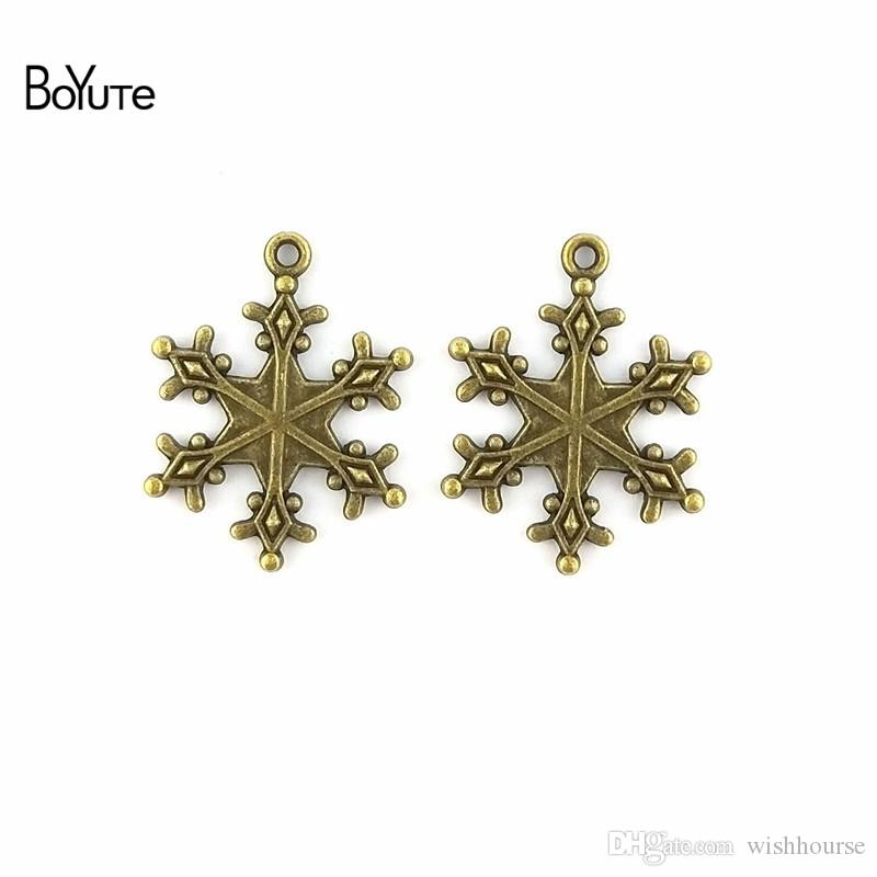 BoYuTe  23*29MM Vintage Accessories Parts Zinc Alloy Antique Bronze Silver Snowflake Charms for Jewelry Making Diy Handmade