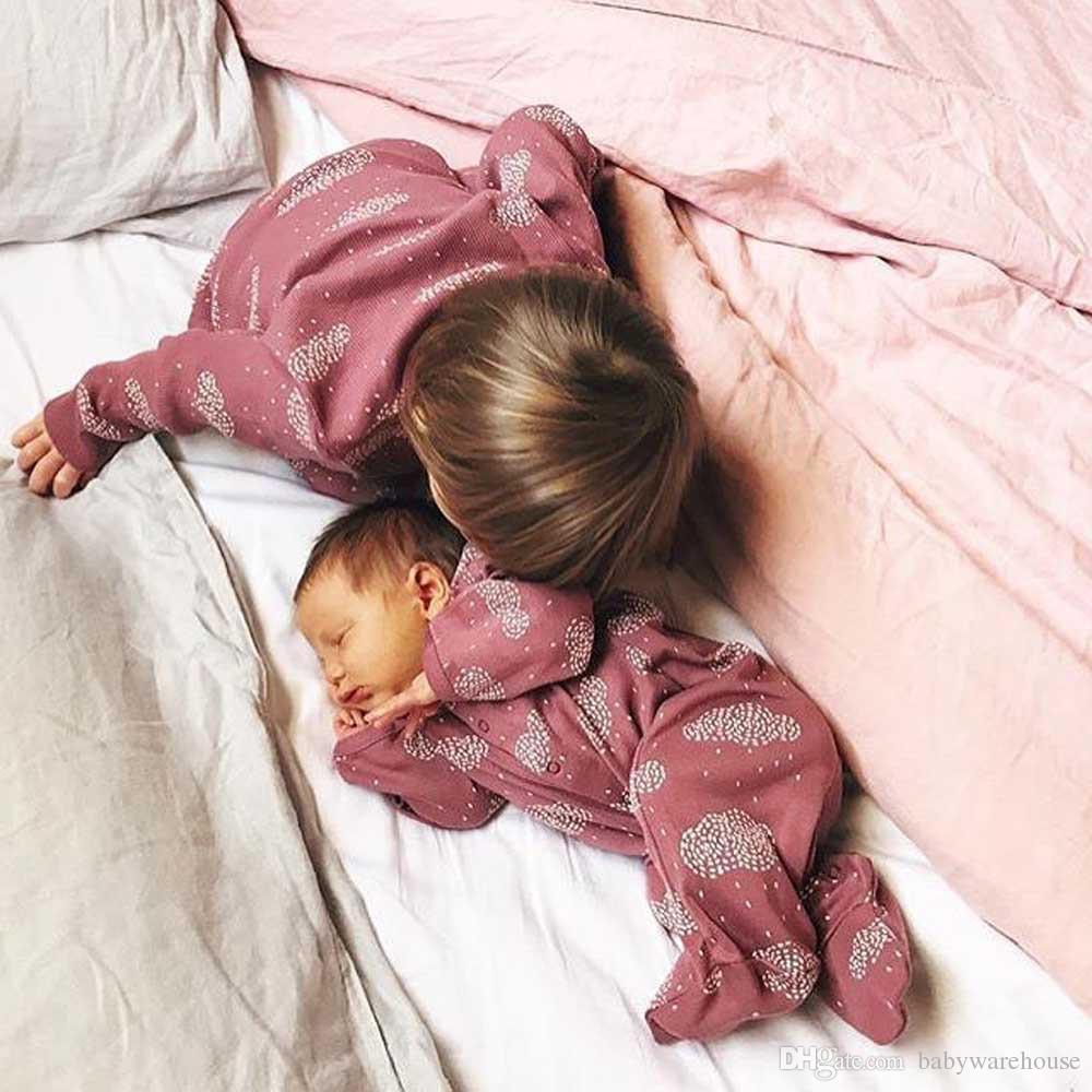 Vêtements bébé garçon vêtements bébé fille nouveau-né enfant en bas âge nuage imprimé combinaison barboteuse bébé One Piece Outfit coton vêtements pour enfants