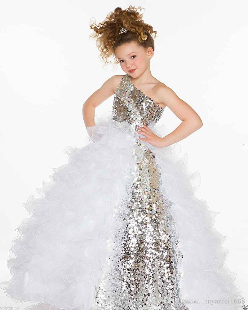 2017 Cute Organza Flower Girls Dresses One Sleeve Beads Crystals Bow Toddler Mini Cupcakes Ball Gown Little Kids Pageant Dresses