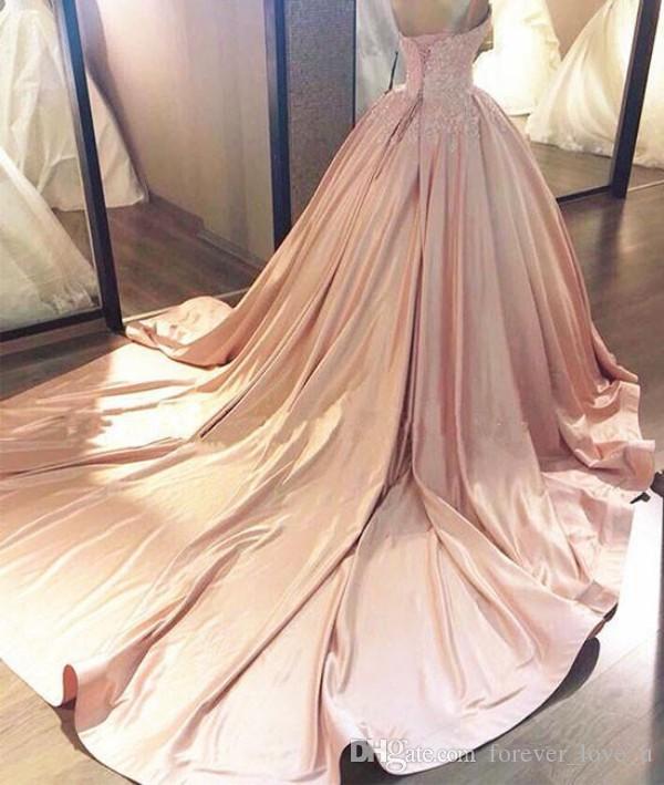 robe de bal robes de mariée robe unique lumière rose en dentelle de mariage sans manches chérie dentelle appliques-up Retour Robes de mariée Custom Made