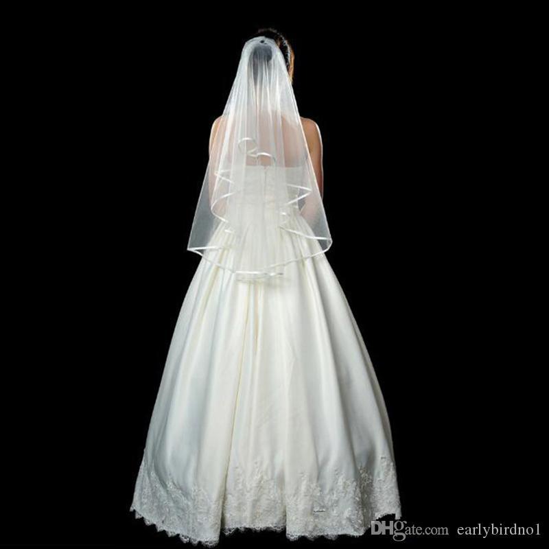 安く在庫のあるブライダルベールズ2018肩の長さ1層の櫛の白いアイボリーのウェディングベールの花嫁CPA912