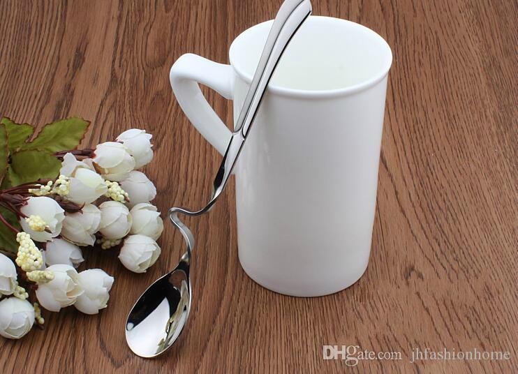 # 210 de acero inoxidable taza colgante creativo giro cuchara de café cuchara de miel revuelo cuchara tabelware vajilla al por mayor
