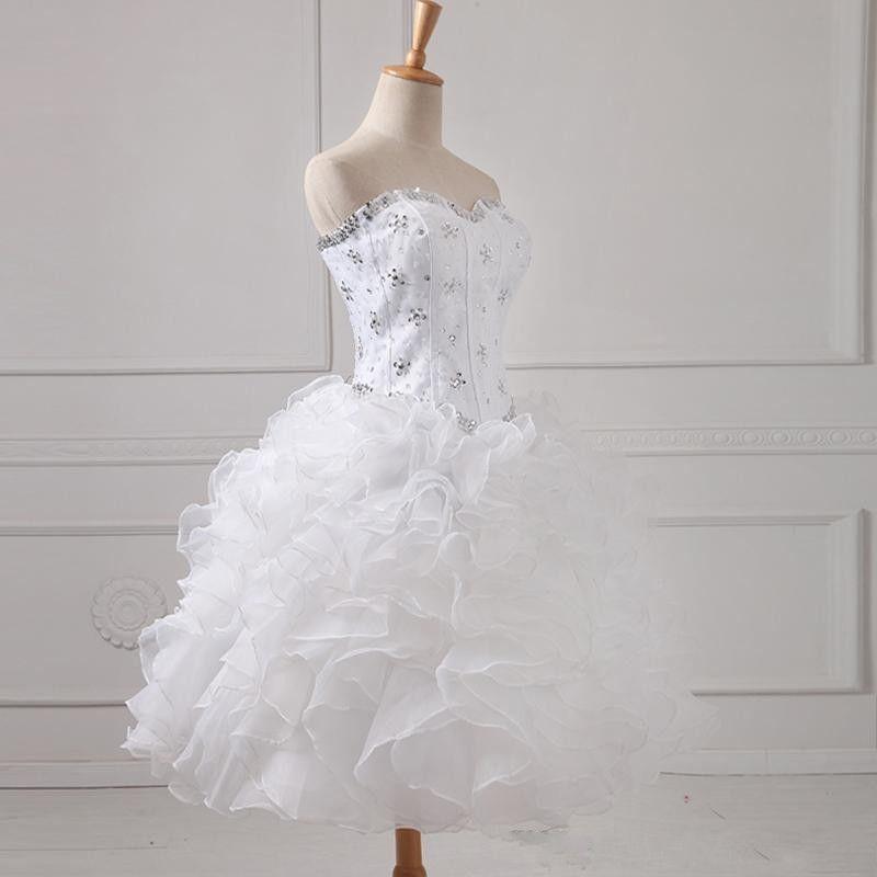 Jolie Sweet Girl 16 Sexy robe de bal longues filles Quinceanera Pageant Prom Party robes blanches Sequin perles lacé dans le dos chérie