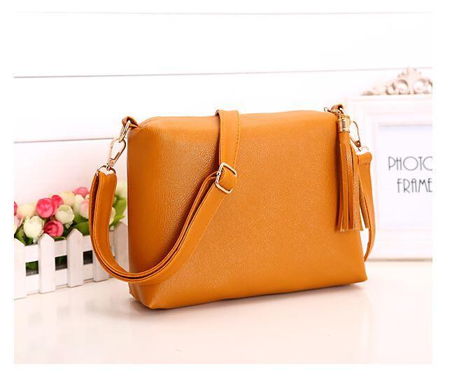 81e829b5e098 Brand Design Women Bag Soft Leather Fringe Crossbody Bag Women Messenger  Bags Candy Color Shoulder Tassel Bags Purses On Sale Men Bags From  Zhang66666