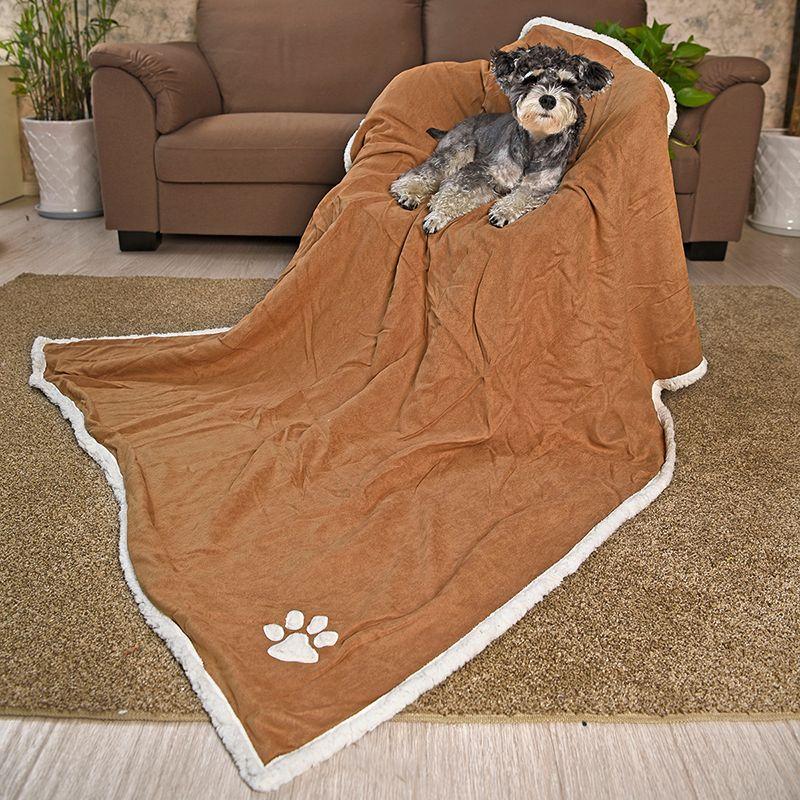 9ac49058cc653 Wholesale- Free shipping Luxury Large Super Soft Pet Blankets Suede Fleece  Blanket Pure Color For Large Dog Cat Bath Towel Pet Supplies