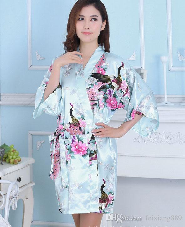 Vente chaude De Soie De Satin De Mariée De Mariée Robe De Demoiselle D'honneur Court Kimono Robe De Nuit Floral Peignoir Peignoir Femme De Mode Robe De Robe Pour Les Femmes
