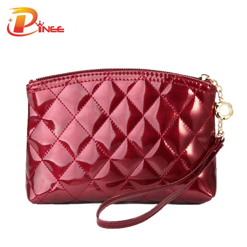 ee4ba421a4 2019 Wholesale Hot Selling New 2016 Fashion Lady S Makeup Bag Women S  Patent Leather Cosmetic Bag Plaid Purse Day Clutch From Dealbag