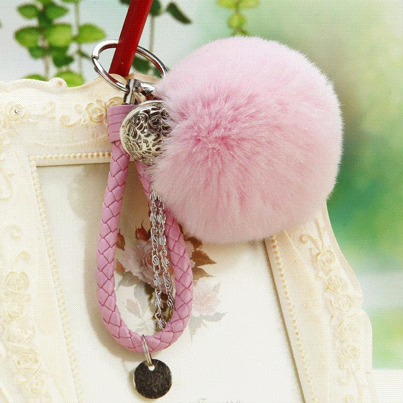 2019 8cm Rabbit Fur Keychain Pom Pom Bag Charm Keyring Bag Accessory Fluffy  Fur Ball Leather Car Keychain Gift For Women And Men From No1store8 e7fff54f1