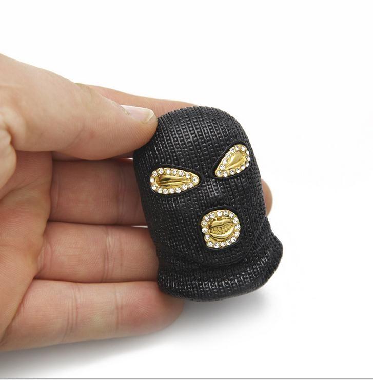 O mais recente super cool diamond-studded preto mascarado masculino anti-terrorismo fone de ouvido hip hop pingente de hip-hop colar