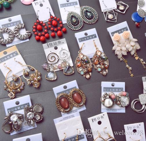 / lotto Miscela i colori dei colori dei colori dell'orecchini di modo del cristallo Chandelier gioielli regalo Craft EA1