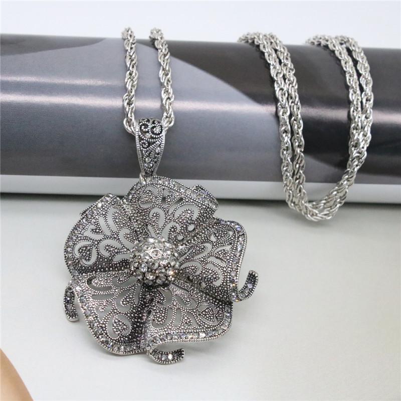 Collier Bijoux Vintage Creusé Fleur Strass Pendentif Colliers Chandail Chaîne Designer Collier Bijoux Pour Femmes Cadeau