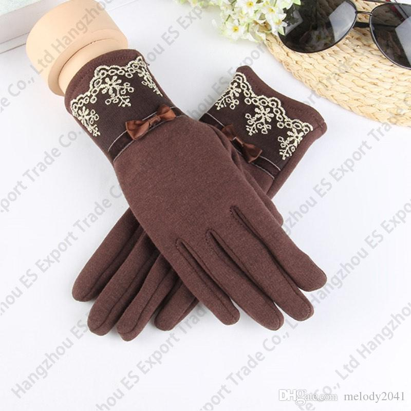 2017 Warm Winter Lace Gloves Adult Size Warm Five Fingers Gloves Grace Design For Women Good Elasticity
