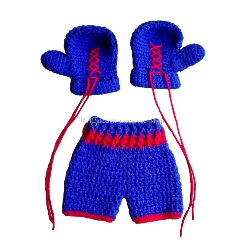 Halloween costume Crochet Boxing Set Baby Boxing Set newborn Boxing Outfit Newborn Photography prop Boxing gloves with trunks