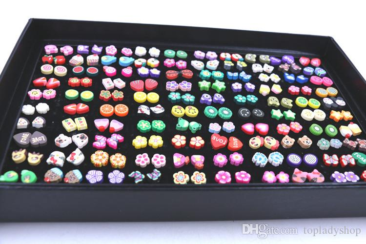 100 paia / scatola miscela di fiori di frutta animale a fette morbide fatte a mano 100 paia di una scatola di orecchini svegli del fumetto all'ingrosso spedizione gratuita
