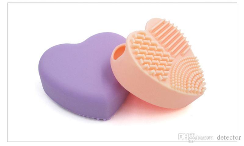 2017 Moda pennello Uovo di pulizia a forma di cuore trucco spazzola di lavaggio pad guanti in silicone scrubber strumenti di polvere di fondazione cosmetici puliti