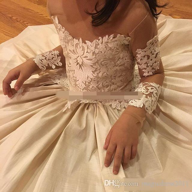 Spitze Applique Blumenmädchenkleider Für Hochzeit Sheer Neck Bow 2019 Perlen Langarm Blumenmädchen Kleid Meistverkauften Geburtstag Pageant Kleider
