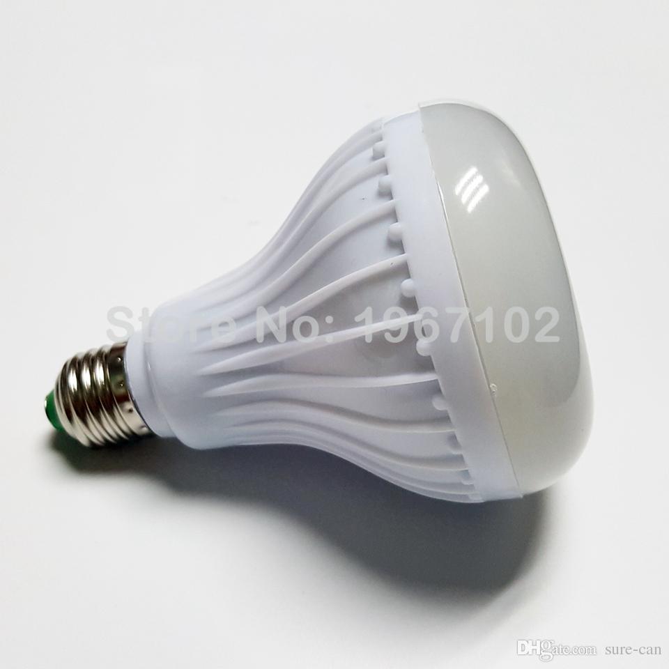 Lámpara de luz RGB altavoz Bluetooth inalámbrico Lampada E27 Bombilla inteligente que jugar música regulable LED RGB Bombilla de música con 24 controlador remoto clave