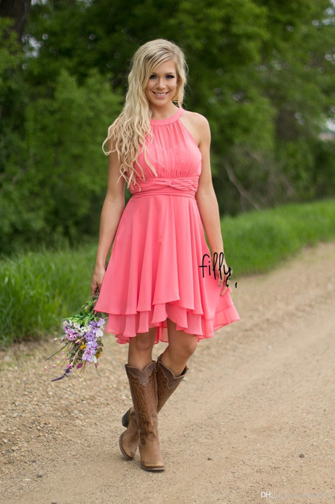 2021 Tanie Coral Country Sukienki Druhna Jewel Neck Szyfonowa Długość Kolana Wedding Wear Party Dresses Maid of Honor Suknia Plus Size