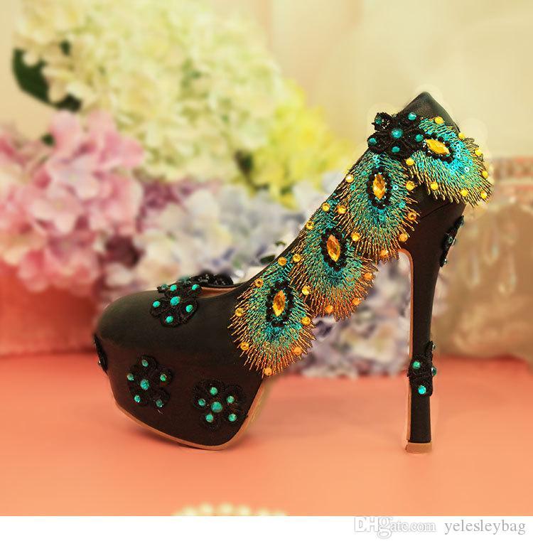 Zapatos redondos de la vendimia para las mujeres Bombas brillantes con flores Floriation Glitter Sequins Strappy dedos cerrados vestido zapatos de boda