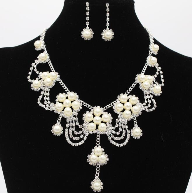 Romantic Pearl Flower Jewerly Crystal Pearl Cheap Two Pieces Earrings Necklace Rhinestone Wedding Bridal Sets Jewelry Set