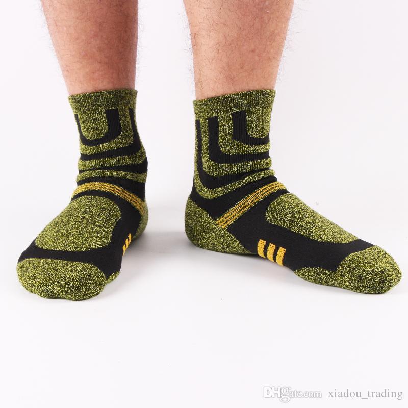 Women Men Outdoor Sport Socks Running Hiking Climbing Badminton Basketball Men's Breathable Socks Winter Thicken Terry Towel Sock