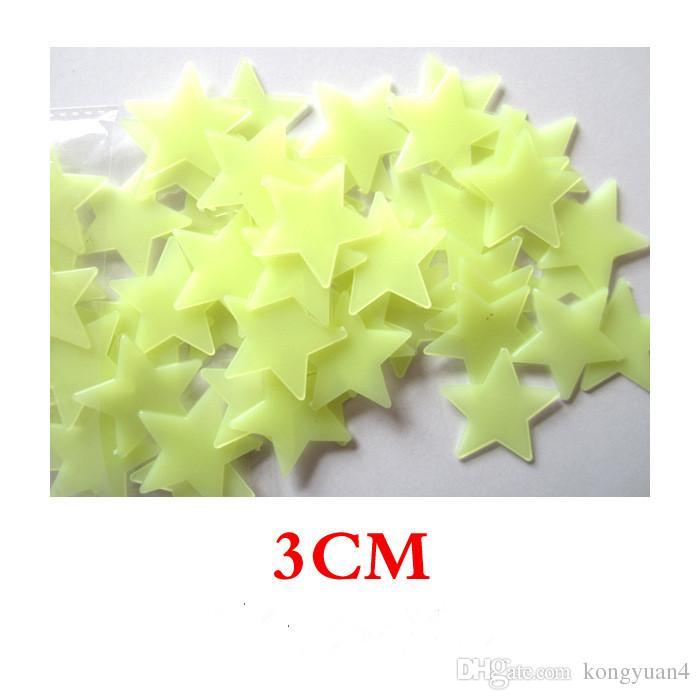 Schöne 100 Teile / los Leuchtende Sterne Wandaufkleber Home Glow In The Dark Sterne Für Kinder Fluoreszierende Aufkleber Dekoration 3 cm