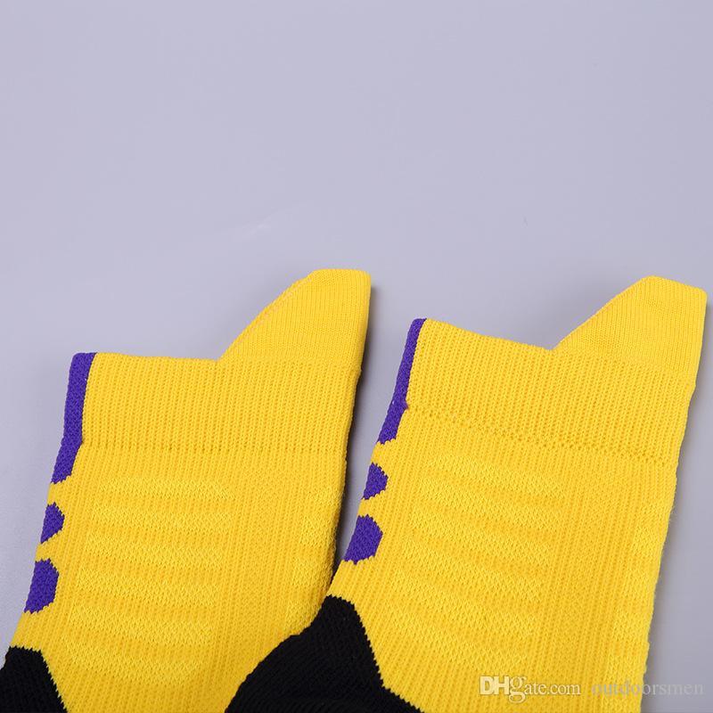 Skarpety do koszykówki Elite Mężczyźni i kobiety wentylacja Skarpenty Skarpety Sportowe Dezodoranta Zimowe zagęszczanie Skarpetami Anti Cerral