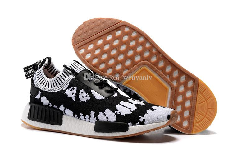 65e330e9d 2019 Cheap Discount Spider Man Running Shoes For Men And Women Black White  Red Sneakers Womens Trainer Boots R1 Shoes 36 45 From Wenyanlv