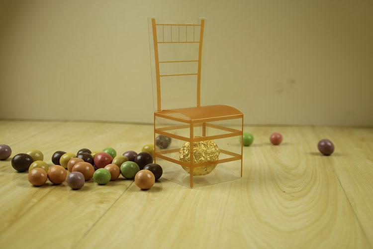 유럽 스타일 골든 의자 웨딩 사탕 상자 플라스틱 PVC 호의 홀더 초콜릿 상자 선물 상자 무료 배송