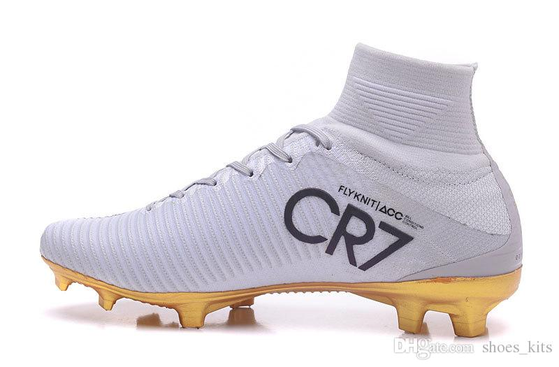 289512ef061 Cr7 Shoes 2017 Gold - CR7 Gold Cleats