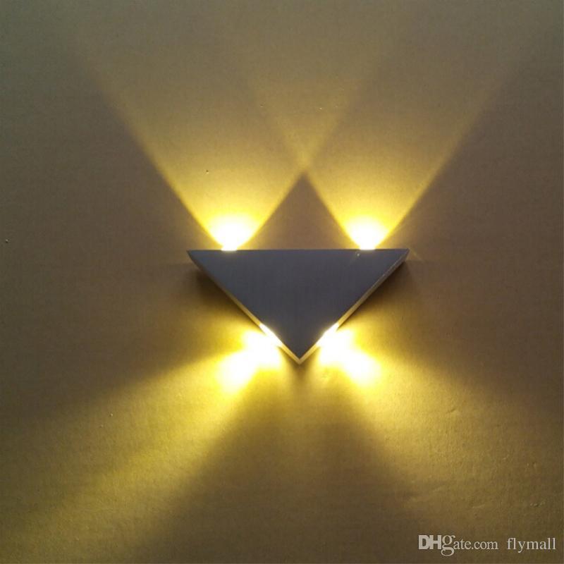 Di alta qualità moderna parete Applique triangolo progettato 3W alluminio LED applique da parete lampada a specchio retroilluminazione lampada KTV / Bar / Corridoio / balcone