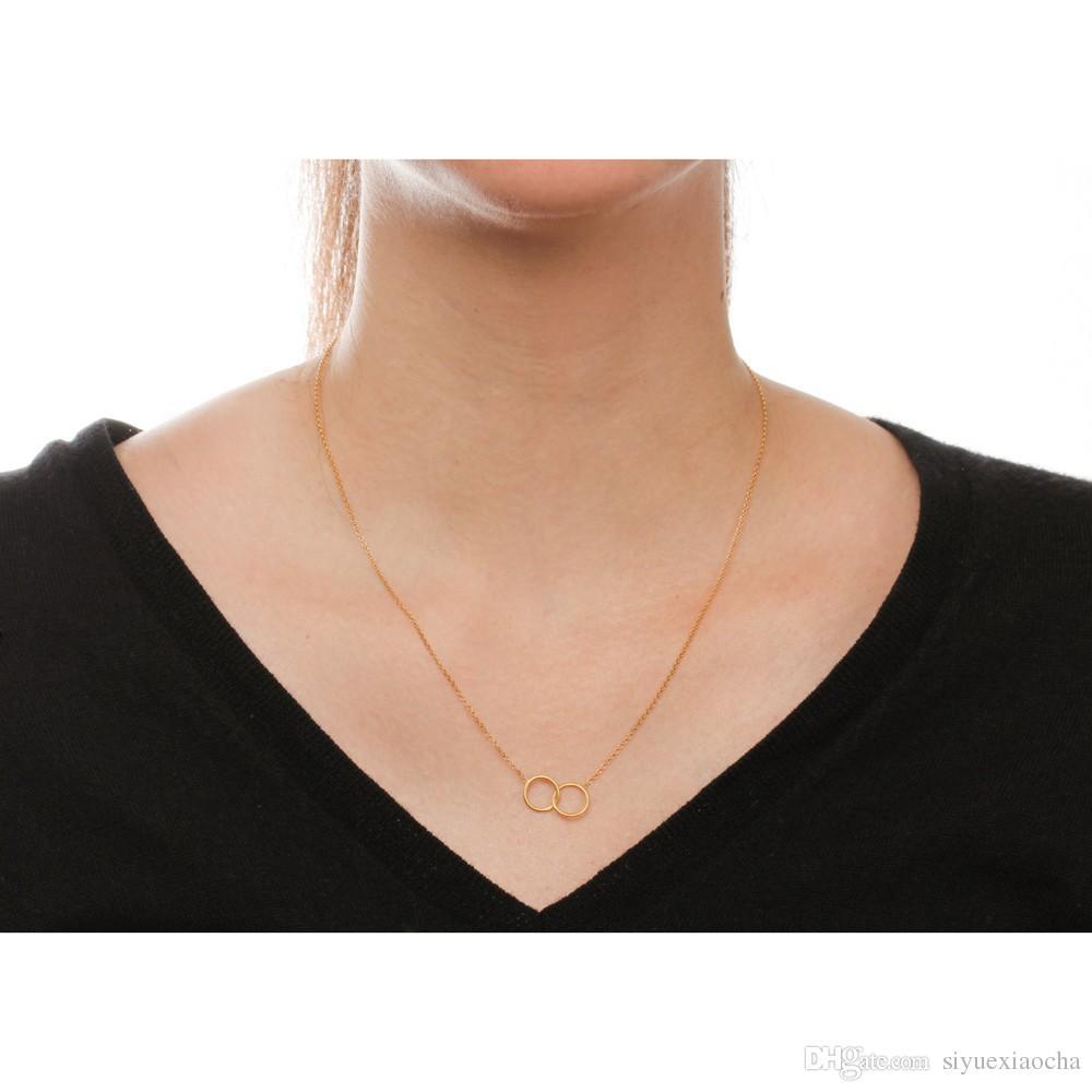 Con la carta! Collana Dogeared con pendente a 2 cerchi karma, colore oro e argento spedizione gratuita e alta qualità.