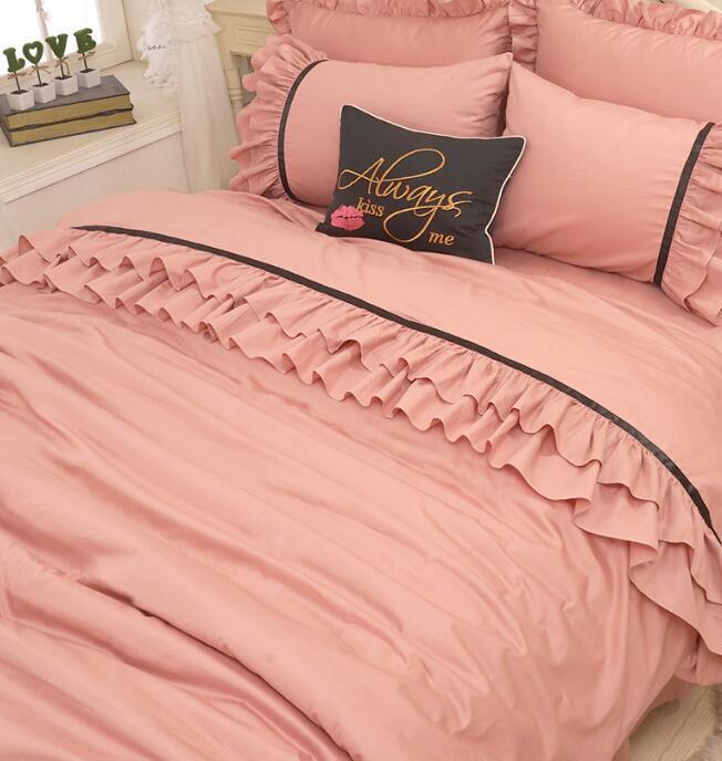 Korean princess wind red bean paste lace fold skirt bedspread bedding sets pillowcase, bed skirt Duvet Cover