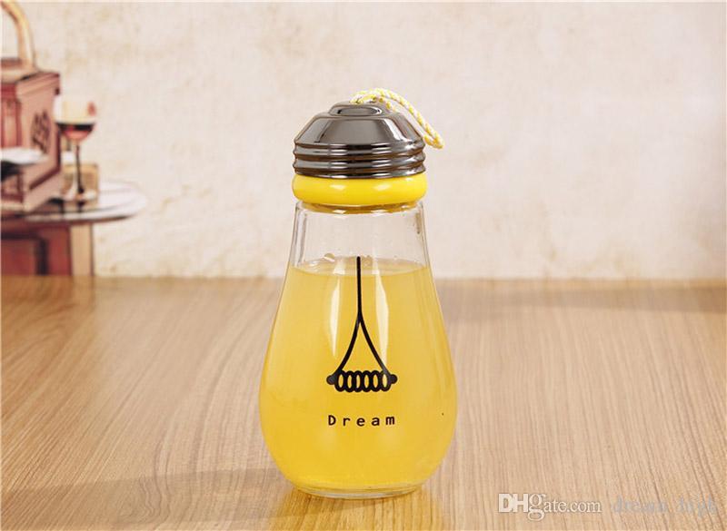 هدية عيد الميلاد لمبة الزجاج كأس الإبداعية الحليب عصير كوب الشاي القدح مع حالة مقاومة للحرارة النساء الاطفال السفر زجاجات المياه 450 ملليلتر