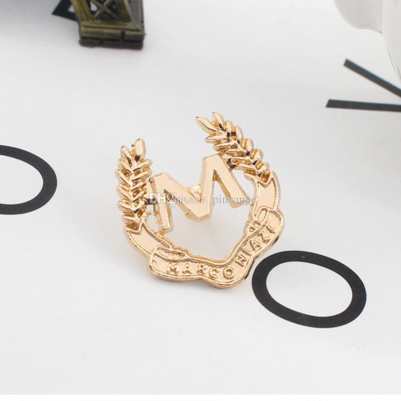 Heat pin accessories fashion Retro badge alphabet Inlay Drill alloy brooch flower lapel pinEmblem alloy men and women wedding brooch
