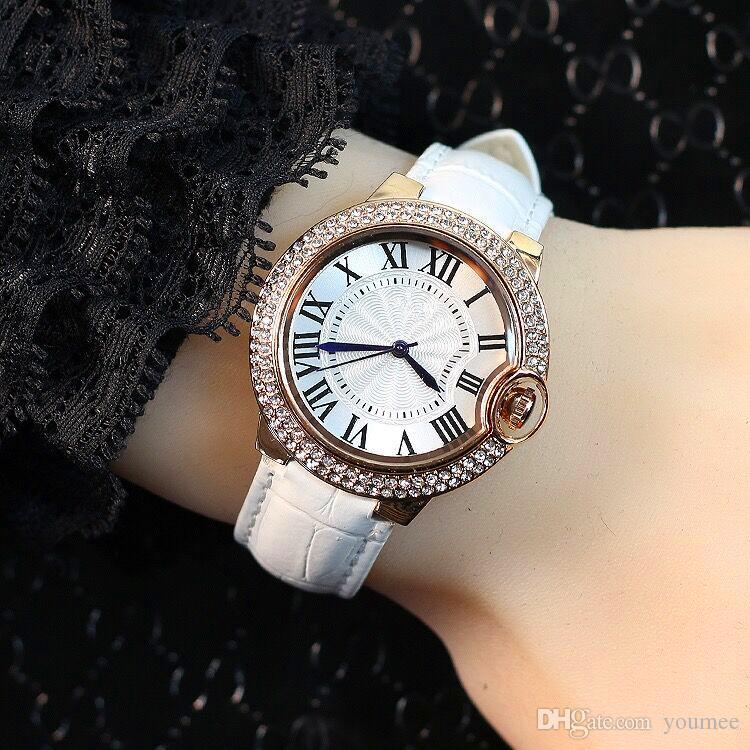 Heiße Verkaufs-Frauen-Uhr-rosafarbene Farben-Luxuxglanz-Diamant-echtes Leder Dame Wristwatch dress watch Kleine Augen Kristallfreizeit Freies Verschiffen