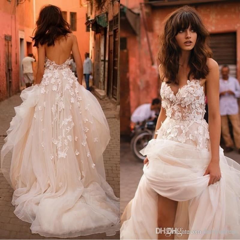 Beach Wedding Dresses 2018 with 3D Floral V-neck Tiered Skirt Backless Plus Size Elegant Garden Country Toddler Wedding Gowns