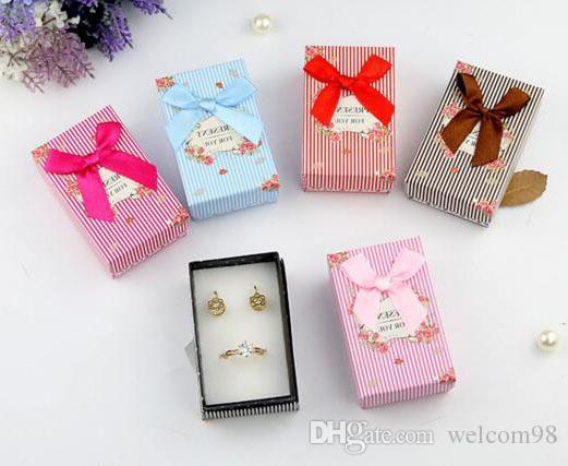 / RING EARRING Halsband Set Presentkartonger Förpackningsdisplay för smycken 5 * 8 * 2,5cm BX13