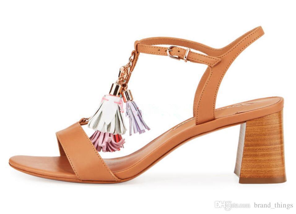 2017 style bohème femmes sandales talon chunky sandales chaussures de fête mignons pom pom sandales imprimer pompes en cuir rose talons hauts