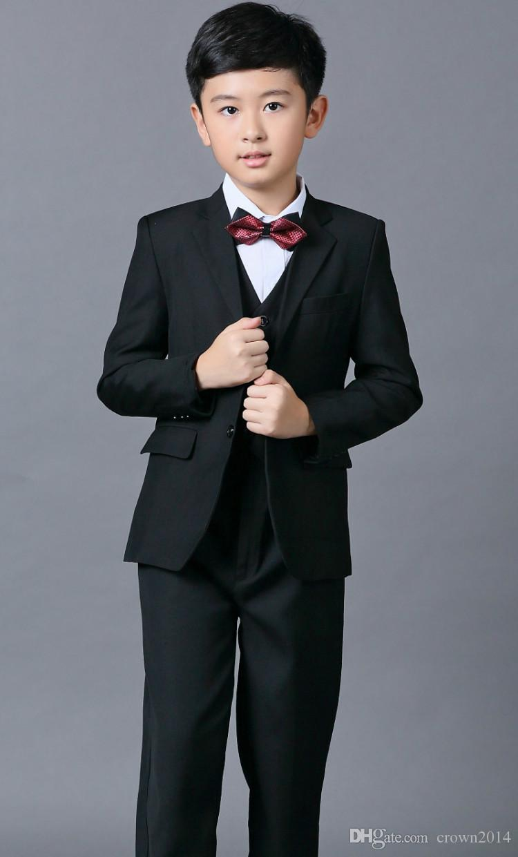Ucuz Boys Düğün Için Suits Siyah Erkek Takım Elbise Beş Parçalı Suit Örgün Parti papyon Pantolon Yelek Gömlek Çocuklar Düğün Ücretsiz Nakliye Suits